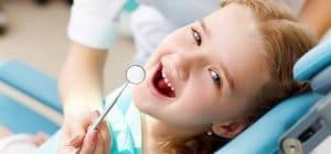 barn til tandeftersyn hos tandlæge Hørsholm