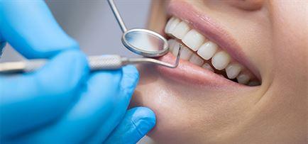 Kosmetisk tandpleje hos tandlæge nær Vedbæk